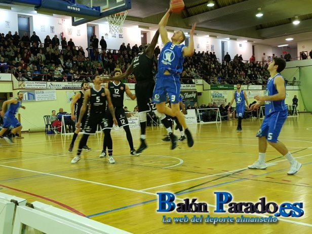 Almansa vs Quintanar (foto www.balonparado.es)