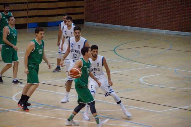 Pozuelo vs Náutico (Foto Basketmania)